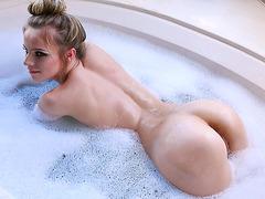 Stunning blonde Jillian Brookes seduces a stud during a bubble bath