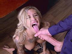 Tattooed blonde boss Kleio Valentien sucking a big cock in the office