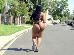Ebony chick with a giant ass Victoria Cakess shows off outdoors