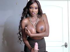 Foxy black mom Diamond Jackson devours young guy's big pecker