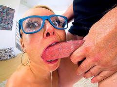 Aaliyah Love getting her throat roughly fucked