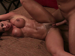 Tight-bodied latin slut Esperanza Gomez gets her trimmed pussy deeply pounded