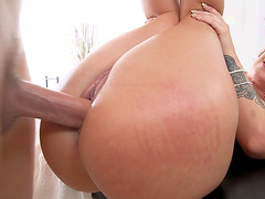 Jada Stevens plays with her pussy while getting it fucked