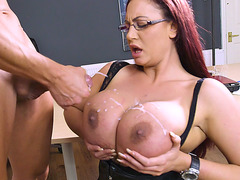 British mom Emma Butt gets her big boobs cummed