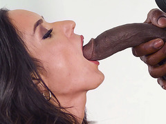Latina Tia Cyrus gives blowjob to the black monster cock