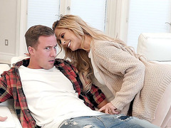 Amazing mom Cherie DeVille and Jessy foreplay