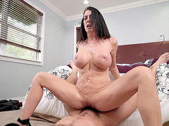 Busty mom Reagan Foxx slides her bald cunt on the hard dick