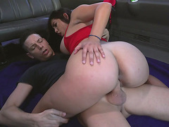 Big booty Julz Gotti gets fucked in cowgirl pose