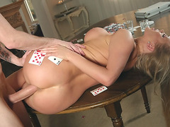 British mom Rebecca More gets banged on the table