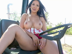 Rose Monroe demonstrates her big tits and pussy