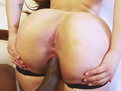 Plump Alycia Starr gets banged by black dude