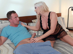 Blonde mom Christie Stevens gives hot blowjob