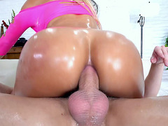 Anal lover Luna Star gets fucked in cowgirl pose