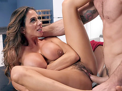 MILF Ariella Ferrera gets fucked on the table
