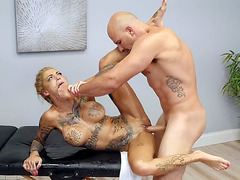 Busty Bonnie Rotten gets fucked on the massage table