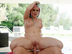 MILF Nikki Delano gets assfucked in reverse cowgirl position