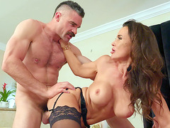 Lisa Ann loves getting her pussy drilled doggystyle
