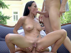 Nicole Love gets her ass and mouth fucked