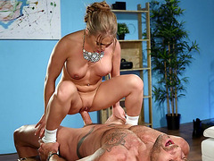 Bombshell Alessandra Jane rides the hard cock