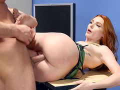 Lacy Lennon gets her pussy railed by Seth Gamble