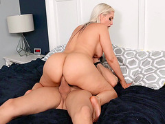 MILF Alena Croft shakes her ass on th hard dick
