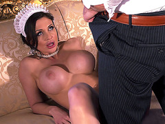 Aletta Ocean gives a great blowjob for his dong
