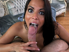 Sexy mommy Luna Star loves to suck cock