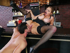 Katie Kox enjoys getting her pussy tongued on the bar stand
