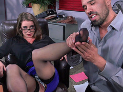 Hot slut Bunny Freedom seducing her boss