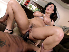Lisa Ann nails that MILF cunt of hers on his black cock