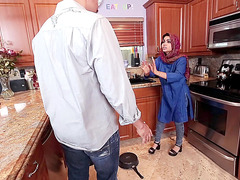 Ada sanchez met the owner of the house for the first time