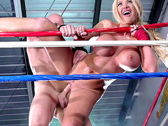 Summer Brielle having hardcore sex inside the boxing ring